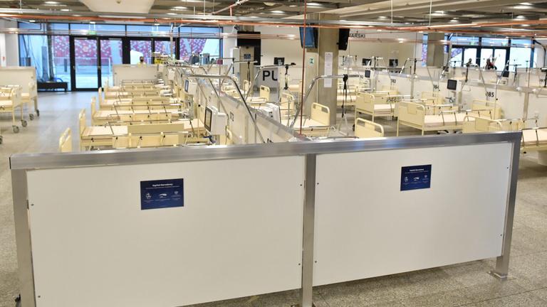 Már több mint húszezer koronavírusos beteget ápolnak kórházban Lengyelországban
